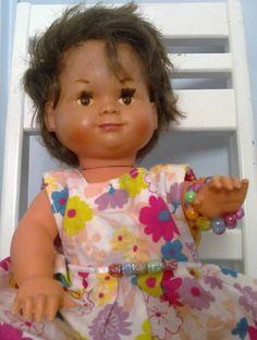 Dollytex-nukke on suomalaista tuotantoa, näitä tehtiin Vihdissä vielä 1970-luvulla. Joskus näitä vielä löytää kirppariltakin.