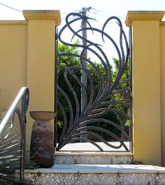 Brisbane Wrought Iron Gallery - Gates - Everingham Wrought Iron - palm frond influence