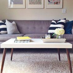 Πως να διακοσμήσεις το τραπεζάκι του σαλονιού σε 6 βήματα! Table, Furniture, Home Decor, Homemade Home Decor, Mesas, Home Furnishings, Desk, Decoration Home, Tabletop