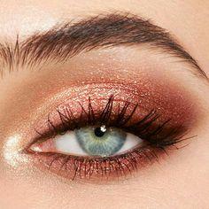 Rose Gold Eyeshadow Look, Sparkly Eye Makeup, Makeup Eye Looks, Eye Makeup Art, Cute Makeup, Skin Makeup, Makeup Inspo, Makeup Eyeshadow, Makeup Ideas