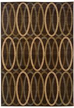 This Hudson Collection earth tone rug is manufactured by Oriental Weavers Sphinx. Affordable elegance at its best, Hudson pairs sophisticated, traditional to casual designs with modern colorways, including true red and pure ivory, as well as organ
