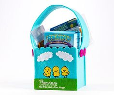 These easter basket ideas are perfect for kids with food allergies these easter basket ideas are perfect for kids with food allergies its so easy to make this safe easter gift for children negle Image collections