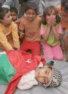 20/11/2012 Gaza - Palestine: Gaza under fire