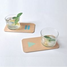 4 PARTY MOOD coasters. Designed by Julie Gaillard. Available on www.darwinshome.com