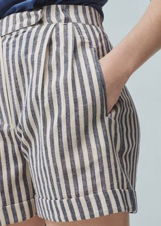 Striped cotton bermuda shorts - Details of the article 1 Bermuda Shorts Outfit, Bermuda Shorts Women, Modest Shorts, Summer Shorts, Denim Outfits, Casual Outfits, Shorts Outfits Women, Trendy Swimwear, Outfit Trends