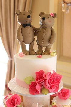 Teddy bears on a very sweet wedding cake. You're never too old to love teddy bears!