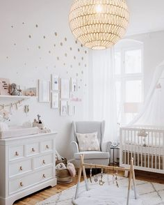 "335 Likes, 8 Comments - Kids Decor / Nursery Decor (@nurserydecor) on Instagram: ""What an absolutely beautiful room is @floves_! Thanks so much for tagging us ❤️"""