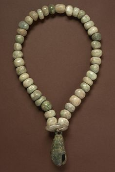 A Mixtec Copper Bell and Jade Bead Necklace, Late Preclassic/Post Classic, ca. 100 B. Ethnic Jewelry, Jade Jewelry, Indian Jewelry, Jewelry Box, Le Far West, Ancient Jewelry, Jade Beads, Maya, Ancient Art