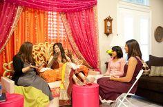 simple backdrop for mehndi - Esra Pins! Desi Wedding Decor, Home Wedding Decorations, Wedding Entrance, Wedding Ceremony Backdrop, Wedding Ideas, Entrance Decor, Wedding Prep, Wedding Stage, Wedding Ceremonies