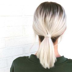 64 Adorable Short Hair Updos That Are Supremely Easy To Copy Blonde Hair With Roots, White Blonde Hair, Balayage Hair Blonde, Short White Hair, Short Ponytail, Short Hair Updo, Short Hair Styles, Short Blonde Updo, Short Platinum Blonde Hair