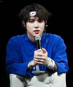Kim Donghan Superior Hair, Baby Cheeks, Kim Dong, Rhythm And Blues, Music People, Popular Music, Boy Groups, Celebs, Kpop