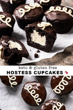 18 Amazing keto cupcakes that you have to make! These keto cupcakes taste and look simple amazing! Hostess Cupcakes, Keto Cupcakes, Keto Cake, Gluten Free Cupcakes, Cupcake Recipes, Dessert Recipes, Dessert Ideas, Cupcake Ideas, Paleo Dessert