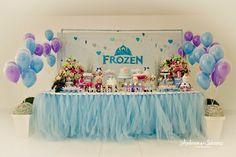 Setembro chegou e com ele a Festa Frozen para comemorar os 4 anos da Clarinha. Hoje eu mostro algumas festas que inspiram nossos preparativos por aqui!
