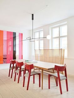 8 Rooms that Prove You Can Be Both Eclectic and a Minimalist