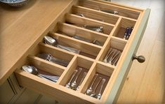 Loving the organization of this flatware drawer #kitchens
