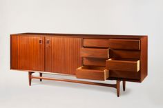 Mid-century furniture: Let's fall in love with the most amazing mid-century modern credenzas. With a mid-century design, this credenza will elevate your mid-century modern interior Mod Furniture, Danish Modern Furniture, Art Deco Furniture, Small Furniture, Cabinet Furniture, Mid Century Modern Furniture, Cheap Furniture, Vintage Furniture, Furniture Design