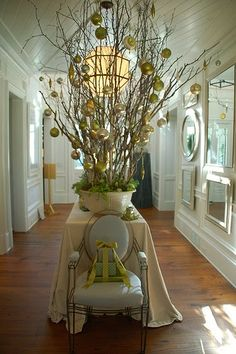Things That Inspire: Holiday entryway decor Noel Christmas, Christmas And New Year, All Things Christmas, Winter Christmas, Christmas Branches, Christmas Entryway, Xmas, Christmas Balls, Southern Christmas