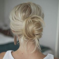 Hairstyles for Girls Who Can't Style Their Hair | Messy Chignon