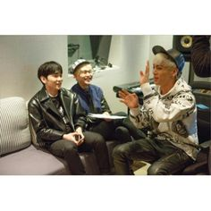 Haha onjongkey are having fun ! Onew's face is so adorable . Key kibum kim jonghyun jjong lee jinki SHINee