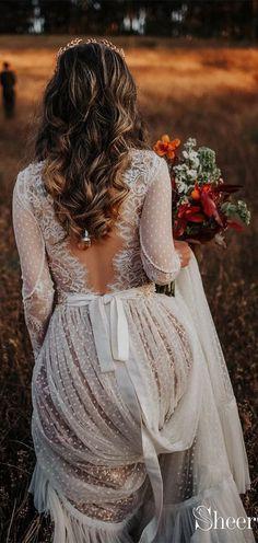 Polka Dot Boho Wedding Dresses Lace Bohemian Wedding Dress with Sleeves Polka Dot Boho Brautkleider Lace Bohemian Brautkleid mit Ärmeln Lace Wedding Dress With Sleeves, Dresses With Sleeves, Polka Dot Wedding Dress, Bobo Wedding Dress, Wedding Dress Not White, Elegant Wedding, Fall Wedding Dresses, Lace Sleeves, Colored Wedding Dress