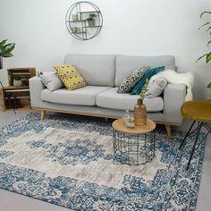 Vintage vloerkleed-Dreams diep blauw is een vloerkleed uit de Dreams collectie.De kleden zijn van 100% katoen en handgeweven.Hoge kwaliteit en snelle levering!