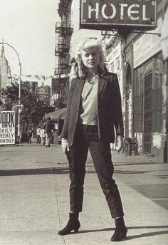 Debbie Harry in New York City. Photo by Bob Gruen.