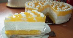 Tort cu nuca de cocos, branza si jeleu de portocale- Coconut and cream cheese cake Cheesecake, Vanilla Cake, Yogurt, Coconut, Desserts, Food, Tailgate Desserts, Deserts, Cheesecakes
