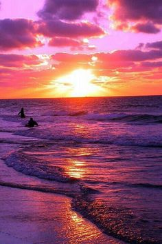 A beautiful pink and purple sunset or sunrise. surfers in water Beautiful Sunset, Beautiful World, Beautiful Places, Amazing Sunsets, Pretty Pictures, Cool Photos, Purple Sunset, Sunset Beach, Summer Sunset