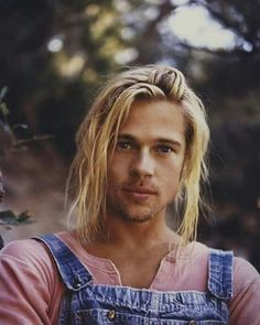 Brad Pitt | Who says men can't wear pink?
