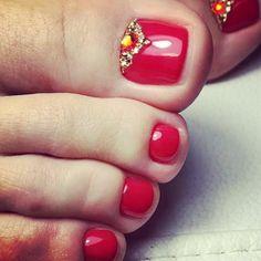 Chic Royal Red Pedicure With Rhinestones Use Trendy Nail Art, New Nail Art, Cool Nail Art, French Nail Designs, Toe Nail Designs, Black Nails, White Nails, Red Pedicure, Red Toenails