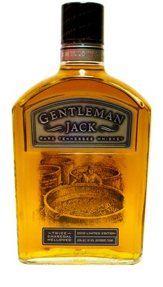 Gentleman Jack Commemorative 2010 - Available only in the size, this bottle displays an image that can be seen from both the front and the back Jack Daniels Bourbon, Jack Daniels Bottle, Alcohol Bottles, Liquor Bottles, Liquor Drinks, Scotch Whiskey, Bourbon Whiskey, Whiskey Label, Cocktails