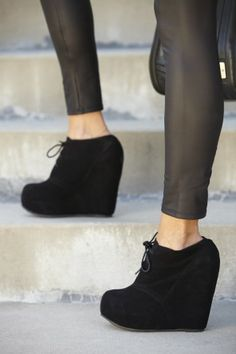 The Camilla Black Bootie is the perfect Fall bootie and is affordable! <3