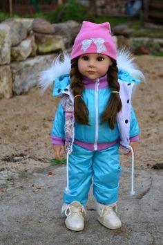 Доброго всем, времени суток! Закончила новую линию зимней одежды для любимых куклодочек Готц. Идея пришла неожиданно, сбив меня с привычного