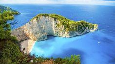 Hidden gems of Europe: Shipwreck Beach on the Greek island Zakynthos. Most Beautiful Beaches, World's Most Beautiful, Beautiful Places, Travel Through Europe, White Sand Beach, Photo Illustration, Strand, Backpacking, Travel Inspiration