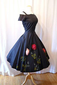 Vintage Dress ~ Ana Rosa