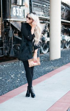 faux fur :: Caren Loren