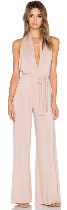 Chic jumpsuit in blush pink