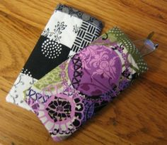 Items similar to Eye Glass Cases on Etsy Sewing Tips, Sewing Hacks, Sewing Tutorials, Sewing Ideas, Sewing Crafts, Sewing Projects, Projects To Try, Diy Crafts, Sewing For Kids