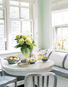 These cozy dining nooks make us #HomeGoodsHappy!