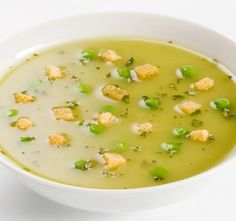 Pea Soup with Croutons Soup Recipes, Vegetarian Recipes, Healthy Recipes, Healthy Food, Healing Soup, Chinese Cabbage, Pea Soup, Noodle Soup, Salads