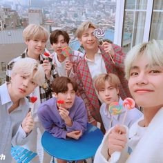 "BTS sending sweets for ARMY on White Day Dispatch presents you the White Day special in collaborate with the ""sweeter than sweet"" BTS. Are you ready to receive the sweetest gift from BTS boys on this special day? Namjoon, Seokjin, Foto Bts, Jikook, Jung Hoseok, Bts Memes, Bts Dispatch, Bts Kim, V Instagram"