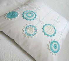 Crochet Cushion Cover, Crochet Pillow Pattern, Crochet Cushions, Crochet Art, Crochet Home, Crochet Crafts, Yarn Crafts, Cushion Covers, Crochet Flowers