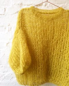 Yellow Chunky Mohair Pullover Hand knitted chunky mohair sweate… – The Best Ideas Hand Knitted Sweaters, Mohair Sweater, Sweater Knitting Patterns, Hand Knitting, Crochet Woman, Knit Crochet, Handgestrickte Pullover, Knit Fashion, Sweater Weather