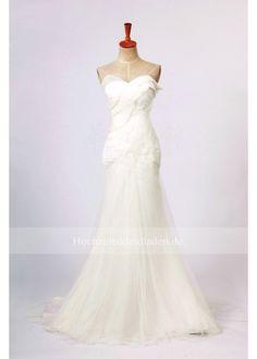 romantischen weißen Meerjungfrau Stil Hochzeitskleid One Shoulder Wedding Dress, Dream Wedding, Wedding Dresses, Fashion, Mermaid Style, Wedding Dresses Online, Young Women, Marriage Dress, Bride Dresses