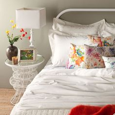 Tiffany Paisley Pillow | Decorative pillows for the bedroom or living room! Zara Home, you might be the end of me.