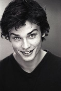 Tom Welling- he was so young!!!