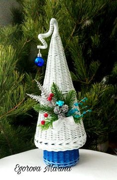 Happy Holidays, Christmas Holidays, Christmas Crafts, Christmas Decorations, Xmas, Christmas Ornaments, Seasonal Decor, Holiday Decor, Gnome Ornaments