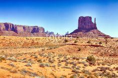 """Scarica l'immagine Royalty Free """"Monument Valley, Utah - USA"""" creata da Mauro Ventura al miglior prezzo su Fotolia . Sfoglia la nostra banca di immagini online per trovare la foto perfetta per i tuoi progetti di marketing a prezzi imbattibili!"""