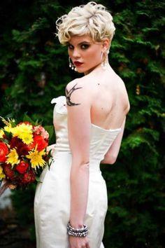 60 Hot Short Wedding Hairstyles | HappyWedd.com
