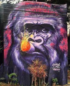 Vila Madalena by @afreller Arte by @vadios47  #saopaulocity #graffiti